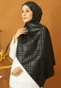 Qisma Satin Shawl (Black)