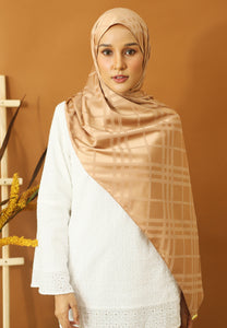 Qisma Satin Shawl (Gold)