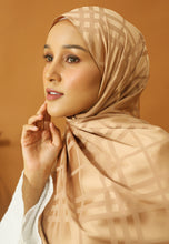 Load image into Gallery viewer, Qisma Satin Shawl (Gold)