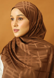 Qisma Satin Shawl (Dark Chocolate)