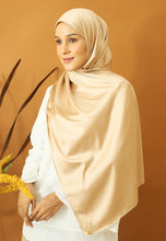 Load image into Gallery viewer, Miska Satin Shawl (Champagne)