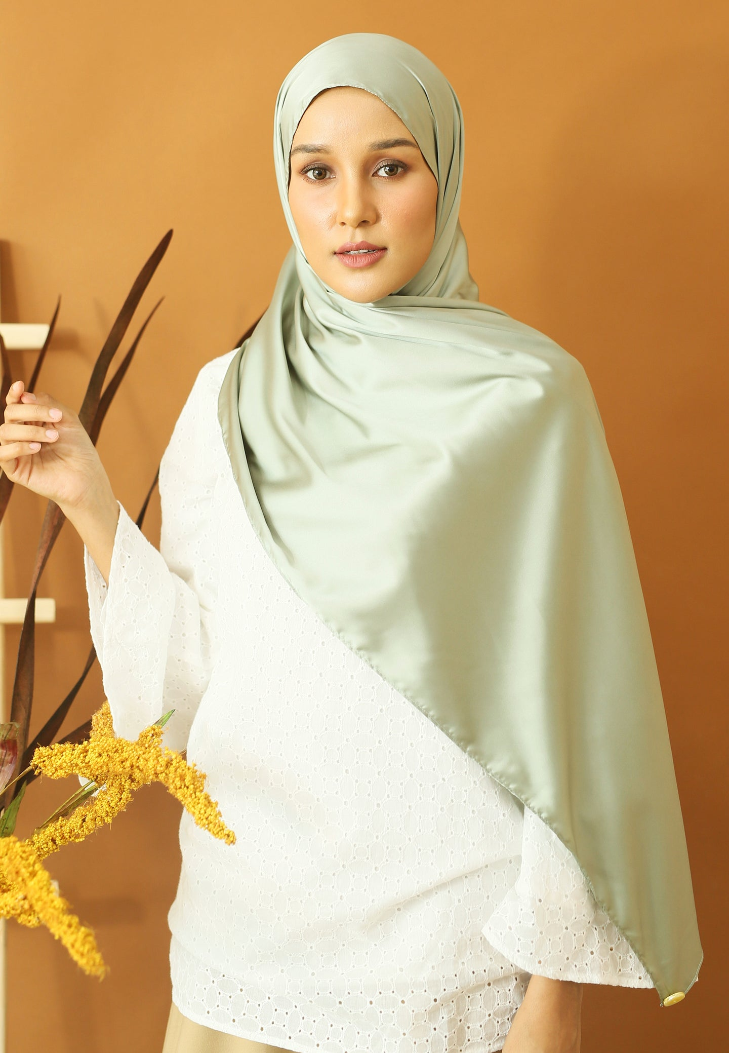 Miska Satin Shawl (Mint Green)