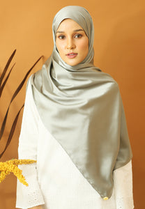 Miska Satin Shawl (Ash Grey)