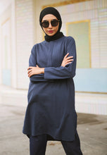Load image into Gallery viewer, Mahdia Linen Top (Dark Blue)