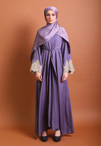 Iwaani Laced Abaya (Dark Purple)