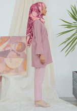 Load image into Gallery viewer, Stella Plain Top (Dusty Pink)