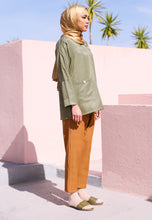 Load image into Gallery viewer, Radhia Kimono Top (Olive Green)