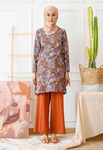 Ferra Printed Top (Dark Brown)
