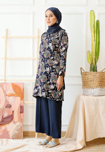 Ferra Printed Top (Navy Blue)