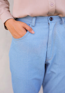 Boyfriends Jeans Buttoned (Light Blue)