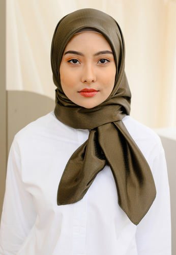 Zuhayra Square Scarf (Army Green)