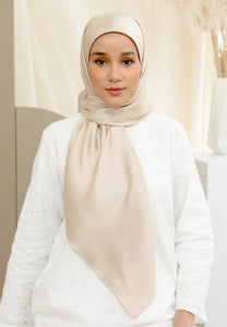Zuhayra Square Scarf (Ivory)