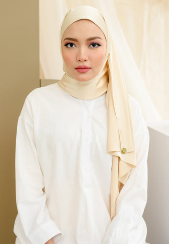 Suri Satin Shawl (Light Yellow)