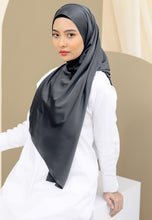 Load image into Gallery viewer, Suri Satin Shawl (Black)