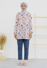 Load image into Gallery viewer, Lamees Flower Top (Royal Blue)