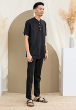 Load image into Gallery viewer, Suria Men (Black)