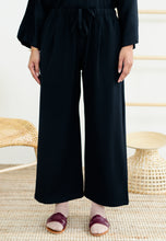 Load image into Gallery viewer, Audra Relax Pants (Black)