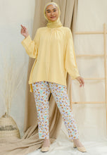 Load image into Gallery viewer, Shurah Baggy Top (Pastel Yellow)
