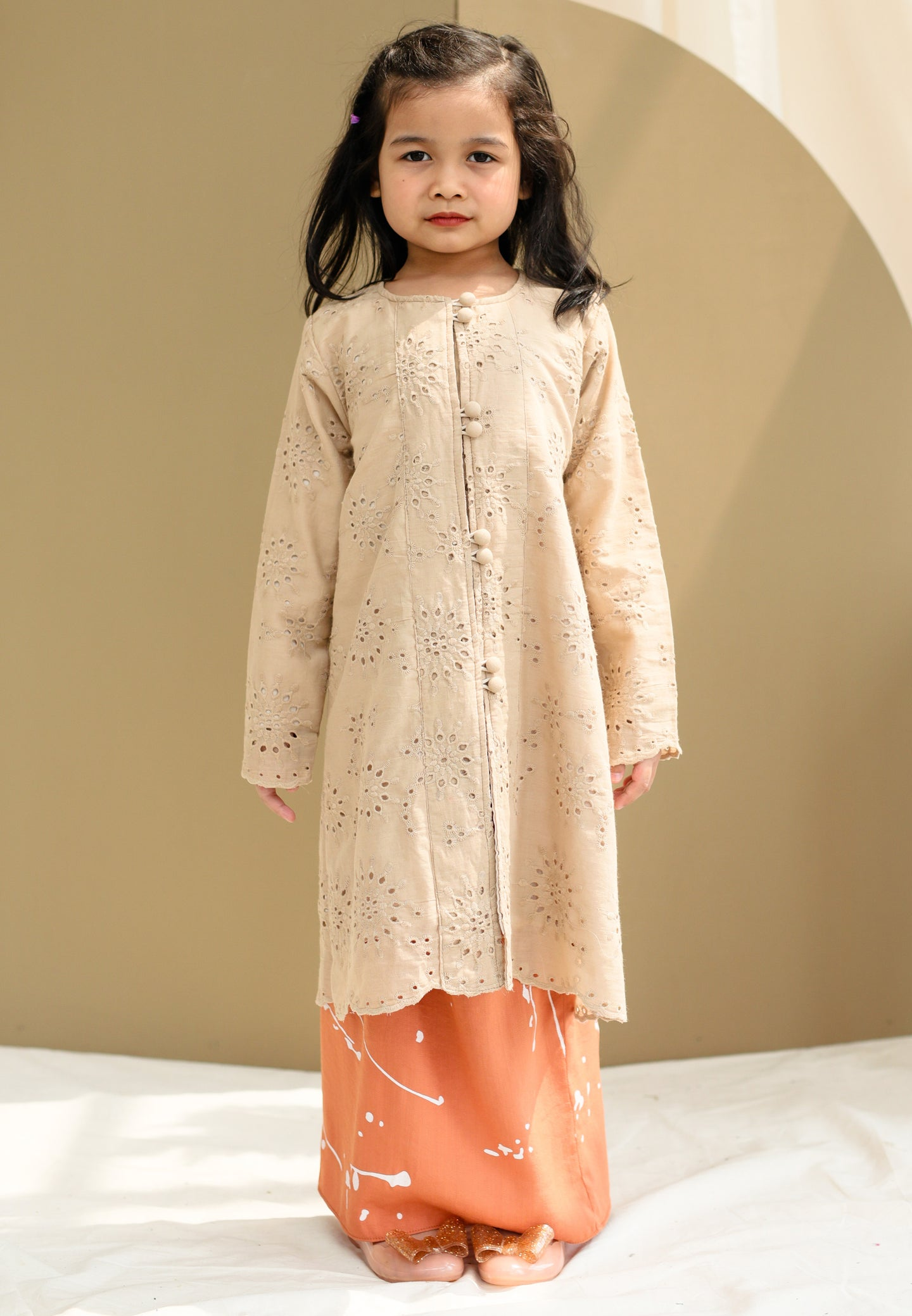 Suria Girl (Nude Brown)