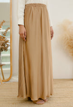 Load image into Gallery viewer, Sawda Tapered Pants (Nude Brown)