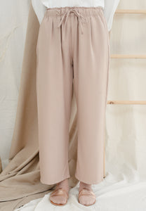 Lubna Relax Pants (Soft Brown)