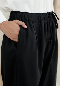 Lubna Relax Pants (Black)
