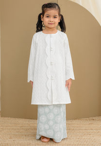 Ratna Girl (Mint Green)