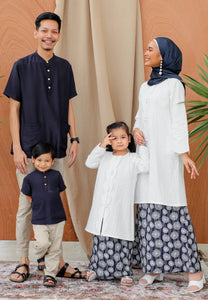 Ratna Girl (Dark Blue)
