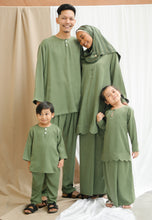 Load image into Gallery viewer, Embun Men (Olive Green)