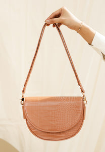 Diana Saddle Bag (Caramel Tan)