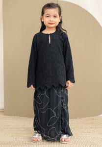 Purnama Girl (Black)