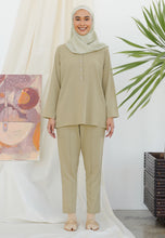 Load image into Gallery viewer, Hanaa Casual Tapered Set (Tortilla)