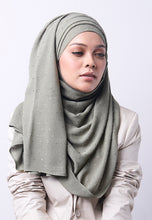 Load image into Gallery viewer, Hessa Wide Shawl (QH Gold Tag) - Greyish Green