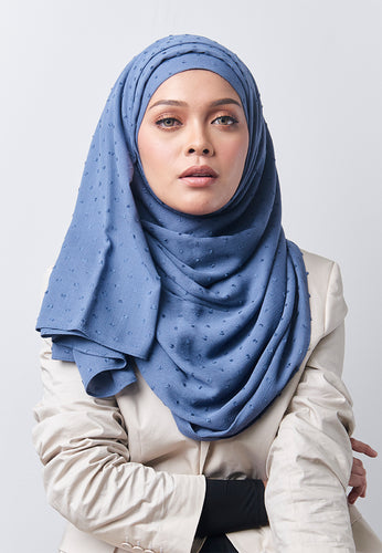 Hessa Wide Shawl (QH Gold Tag) - Ash Blue