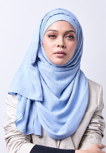Hessa Wide Shawl (QH Gold Tag) - Soft Blue