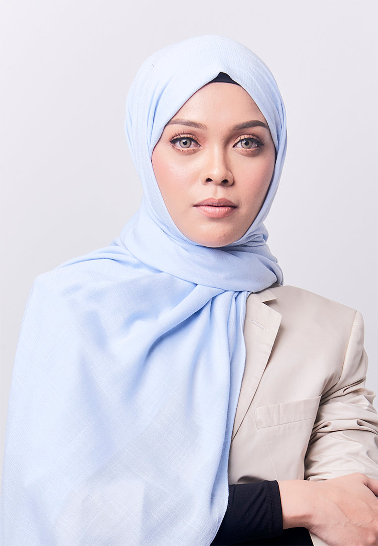 Jenna Wide Shawl (QH Gold Tag) - Soft Blue