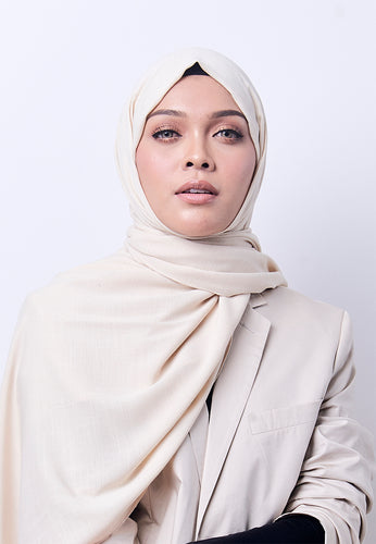 Jenna Wide Shawl (QH Gold Tag) - Cream