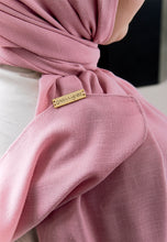 Load image into Gallery viewer, Jenna Wide Shawl (QH Gold Tag) - Dusty Pink
