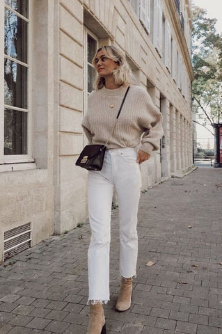 beige sweater outfit winter