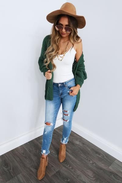 emerald green cardigan outfit