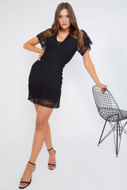 Mini vestido curativo preto bodycon