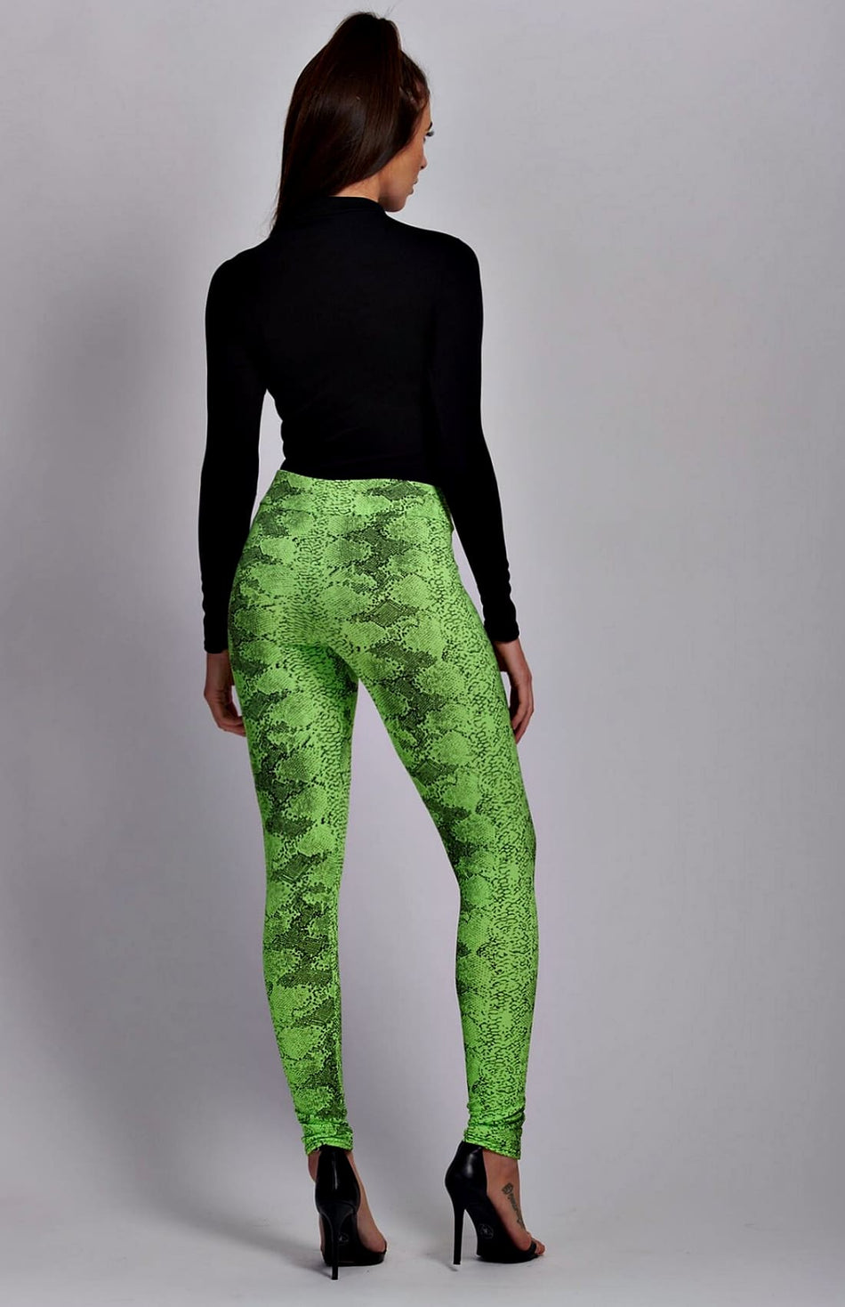 Leggings con estampado de serpiente verde neón