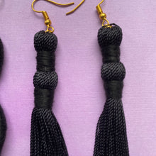 Load image into Gallery viewer, Black TASSEL Earring
