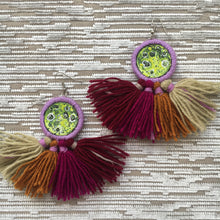 Load image into Gallery viewer, Moon tassel earrings