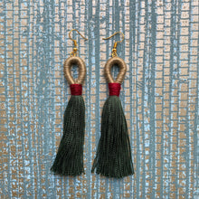 Load image into Gallery viewer, Loop Tassel Earring
