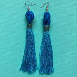 blue KNOT light blue tassel Earring