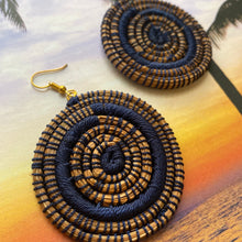 Load image into Gallery viewer, Blue Circle Woven Grass earrings