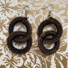 Load image into Gallery viewer, Black Woven Grass DOUBLE HOOP earrings