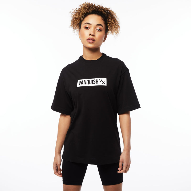 Vanquish Unisex  Box Logo Black Oversized T Shirt 1枚目の画像
