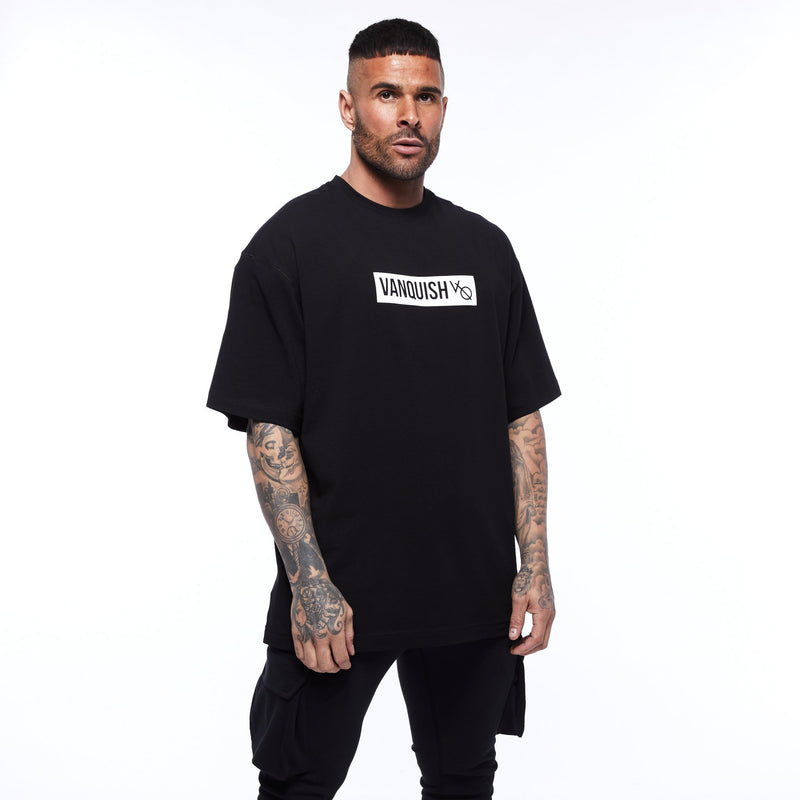 Vanquish Box Logo Black Oversized T Shirt 1枚目の画像